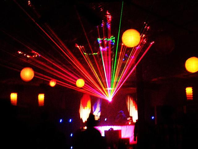 Click image for larger version.  Name:my laser 6 NOV 2010 NOIZE party.jpg Views:19 Size:58.7 KB ID:22322