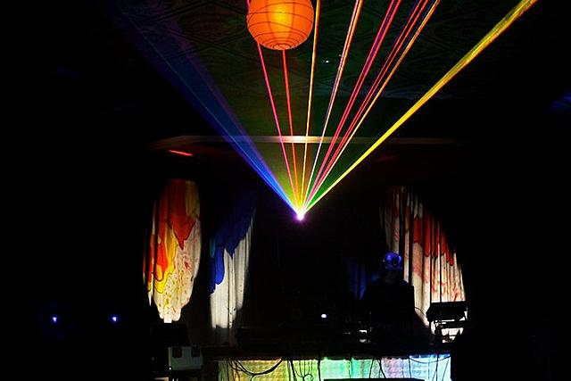 Click image for larger version.  Name:my laser NOV NOIZE party.jpg Views:15 Size:45.4 KB ID:22323