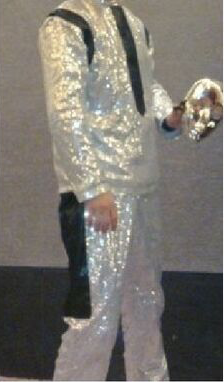 Click image for larger version.  Name:white suit2.png Views:16 Size:107.9 KB ID:47796