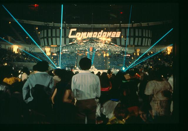 Click image for larger version.  Name:Commodores-2a.jpg Views:56 Size:4.04 MB ID:46456