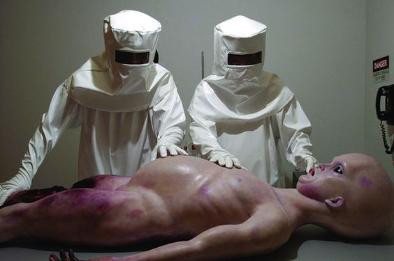 Click image for larger version.  Name:alien-autopsy.jpg Views:37 Size:27.7 KB ID:54501
