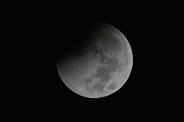 Click image for larger version.  Name:moon04.jpg Views:10 Size:358.8 KB ID:44973