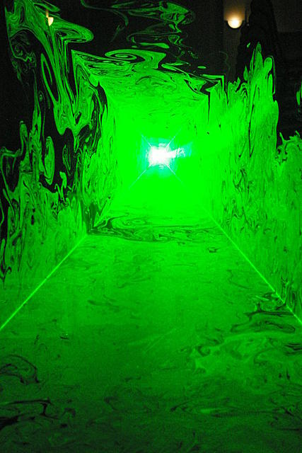 Click image for larger version.  Name:green tunnel 6608.jpg Views:74 Size:191.5 KB ID:40514