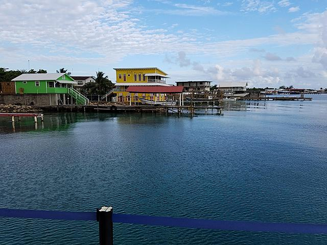 Click image for larger version.  Name:Harbor on a calm afternoon.jpg Views:14 Size:312.4 KB ID:51887